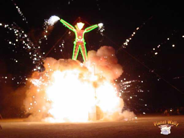 Man burns 3