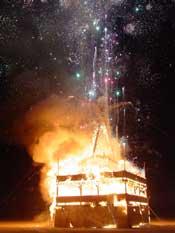 Man burns 8