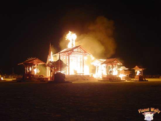 2005 temple burn